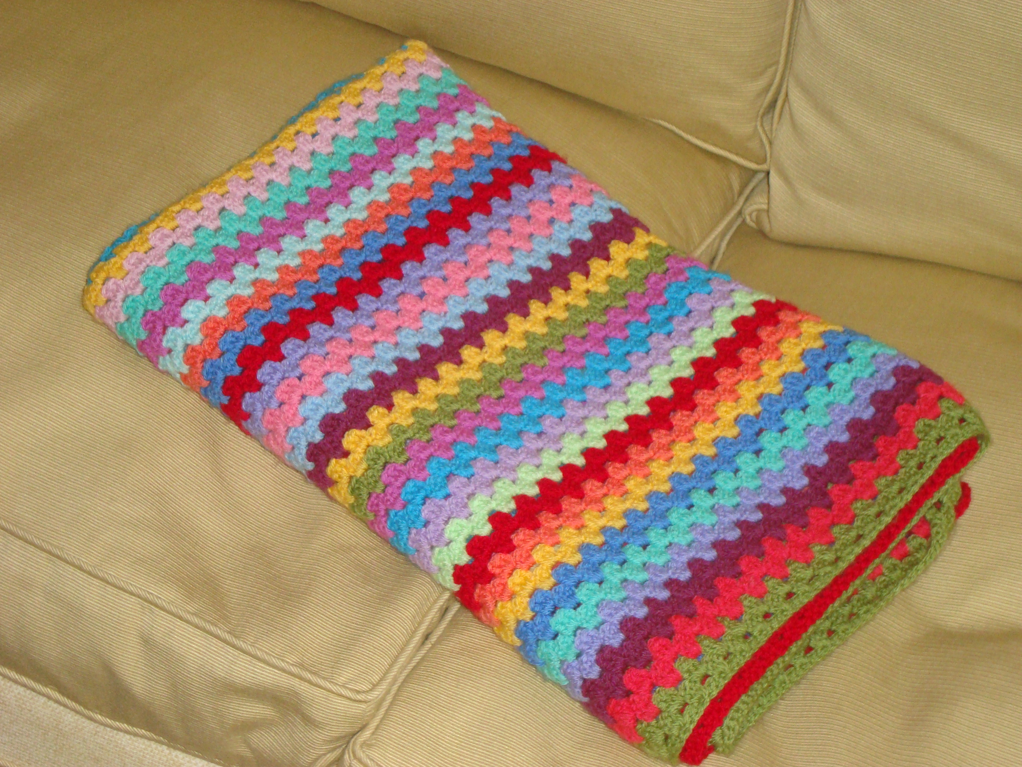 Crochet Patterns Easy Blankets : ... crochet and two doubles. This easy crochet baby blanket pattern is