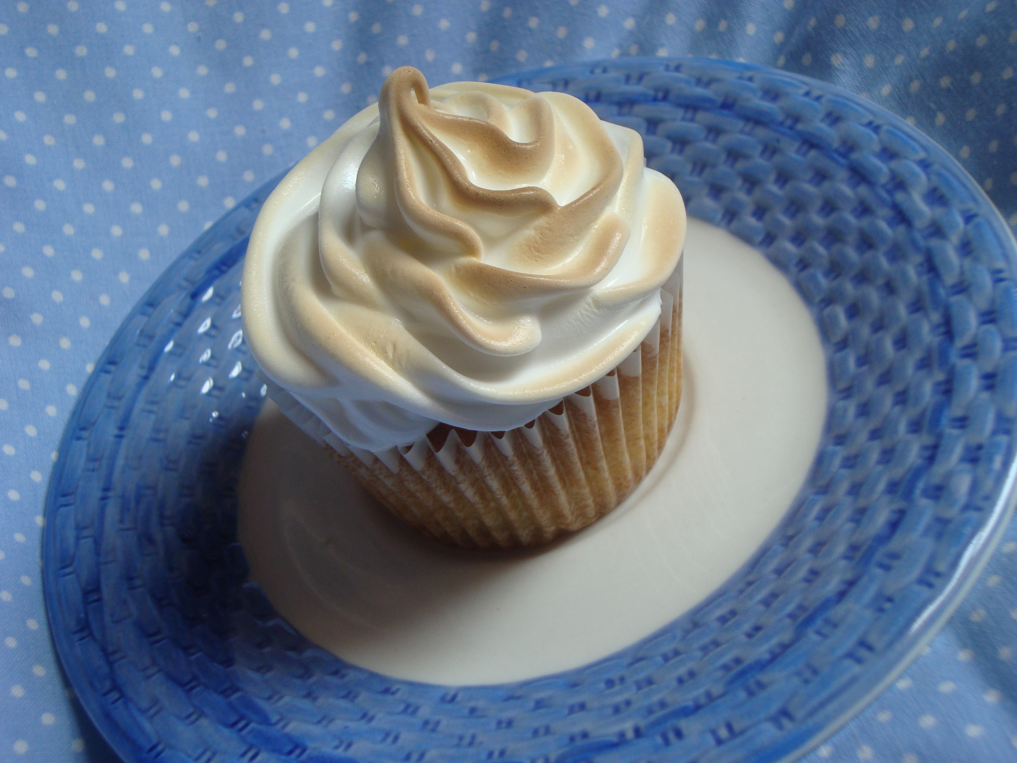 May Bake It! Recipe – Lemon Meringue Cupcakes | Cooking ...